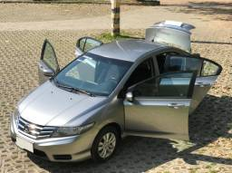 Honda City 1.5 LX Automatico 2013