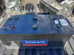 Ocasiao Boa Pra Som Bateria 180 Amperes Volvo 3 Meses de Garantia Leia o Anuncio