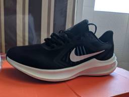 Nike downshifter 10 original e novo!
