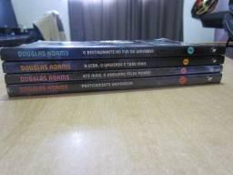 O mochileiro das galáxias (4 livros) - Ótimo estado