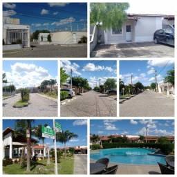 Casa com 3 quartos no Residencial Vitória Régia, em Feira de Santana/BA