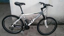 Bicicleta aro 26 - R$850,00 reais