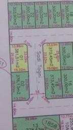 Terreno de esquina (373,45 m²)