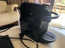 Cafeteira Expresso Inissia C40 127V - Nespresso mais xícaras e porta cápsulas