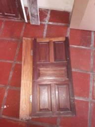 Janela de madeira de 1m×1m