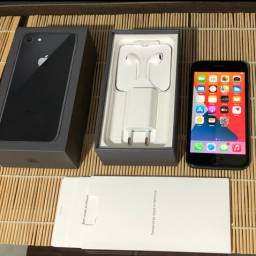iPhone 8 única dona 1650$ leia