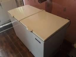 Freezer 419L metalfrio DA420 horizontal 2 tampas 220V