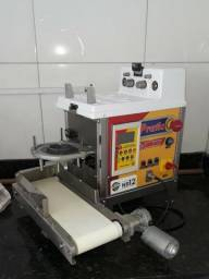 Máquina Modeladora de Salgados