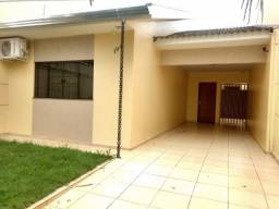 Casa a venda em Maringá