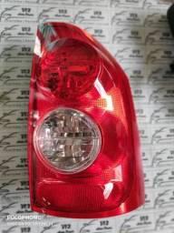 Lanterna GM Montana lado direito