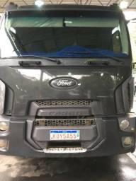 Caminhão Ford - 2013