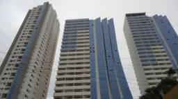 Comercial sala no Condomínio Lozandes Corp. Design Live Tower - Bairro Park Lozandes em Go