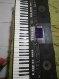 Yamaha s550