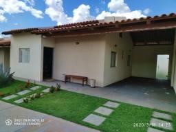 Casa 2 quartos terreno grande/espaço para 3 quarto/ região Portal Shoppings