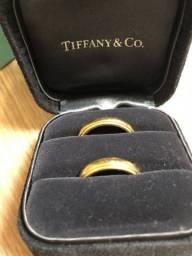 Par de Alianças de casamento Milgrain Tiffany 4mm Ouro 18k