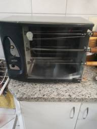 Vendo churrasqueira elétrica / *