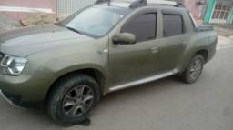 Duster Oroch impecável GNV