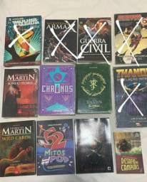 Lote de Livros de Heróis