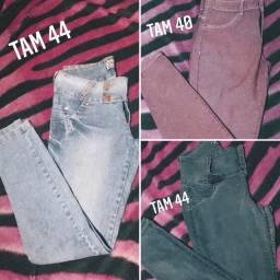 Vendo calças R$15,00 cada
