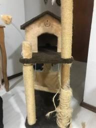 Casinha para gatos e/ou cachorros