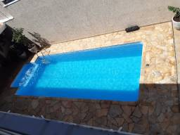 Vendo sobrado com piscina