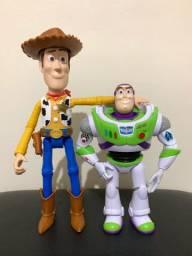 Toy story woody e buzz mattel