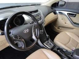 Hyundai Elantra 1.8 gls branco 16v aut. 2013