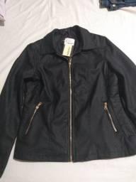 Jaqueta em couro ecológico