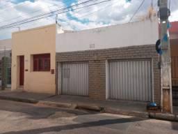 Oportunidade de imóvel barato (2 em 1) no Centro de Juazeiro do Norte