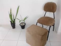 Cadeira com puff ( Faço entrega )