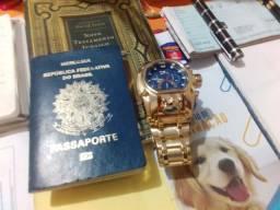 RS 230.00 Relógio Invicta Reserve Bolt Zeus Magnum  Dourado e Azul<br>Marca: Invicta<br><br>