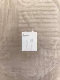 cabo carregador iPhone novo