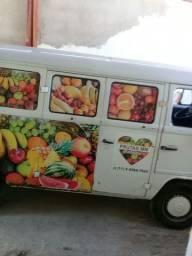 Komby  equipada p/ vender frutas