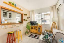Apartamento com 44m² em condomínio com piscina à duas quadras da PUCRs