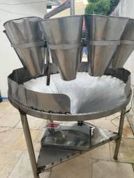 Máquina de depenar frango + sangrador R$6.500,00