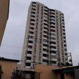 Apartamento no Bairro LIxeira Com 4 Quartos