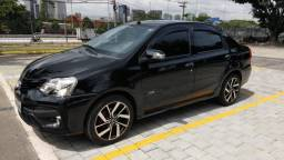 Toyota Etios automático completo 2017