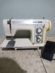 máquina de costura Elgin doméstica