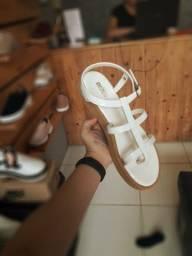 Sandálias mellisas