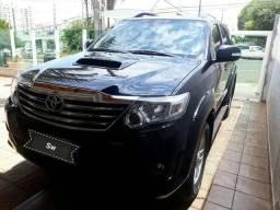 Toyota SW4 3.0 SRV 7l 4x4 AUT .5P