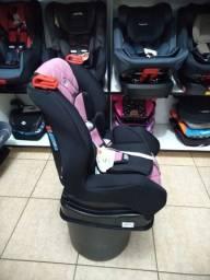 Cadeira 9 a 25kg rosa e preta, com base