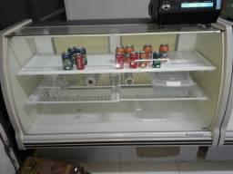 Balcão refrigerado e balcão seco