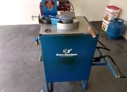 Máquina de cortar e fritar batatas chips