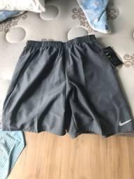 Shorts Nike Dry tamanho P