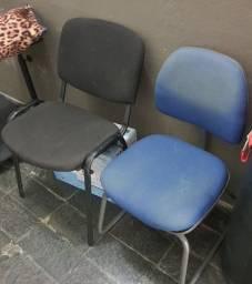 2 Cadeiras de Escritório sem Braço