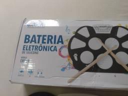 Bateria eletrônica portátil