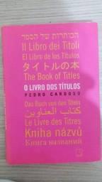 """Livro """"O livro dos títulos"""""""
