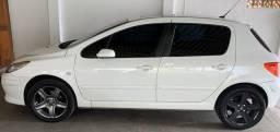 Vendo Peugeot 307 2.0 Aut Flex - 2010