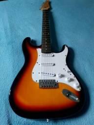 Guitarra condor strato