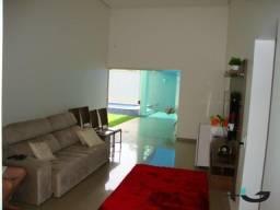 Casa de bom padrão no bairro Águas Claras | Unaí/MG